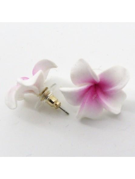 PETITE BOUCLE D'OREILLE frangipane viollette