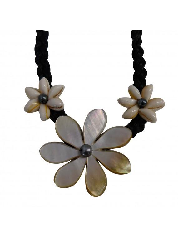 collier en nacre tiaré perle d'eau douce