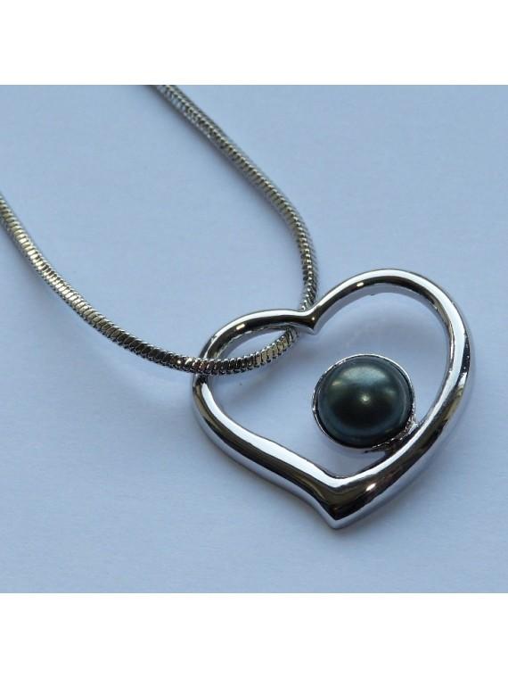 Collier coeur de perle