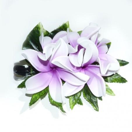 Pince bouquet frangipane blanche cœur violet