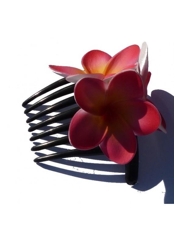 Peigne à cheveux triple frangipane