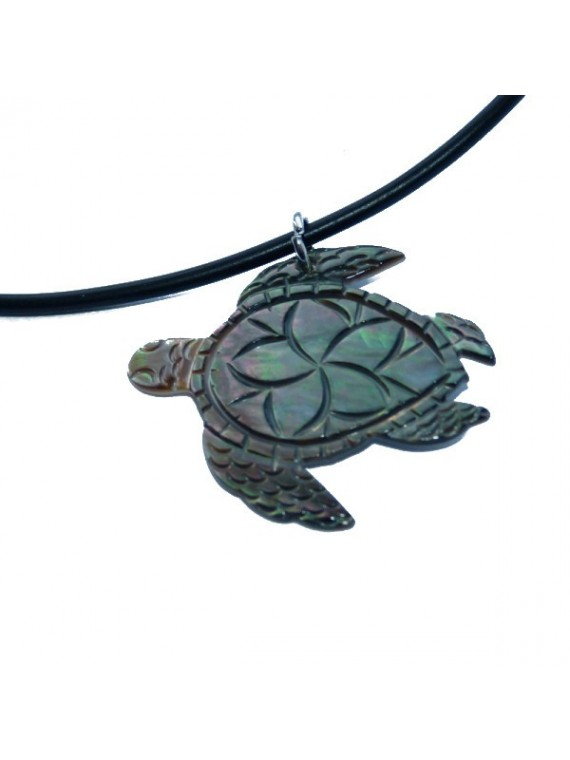 Pendentif en nacre tortue frangipane