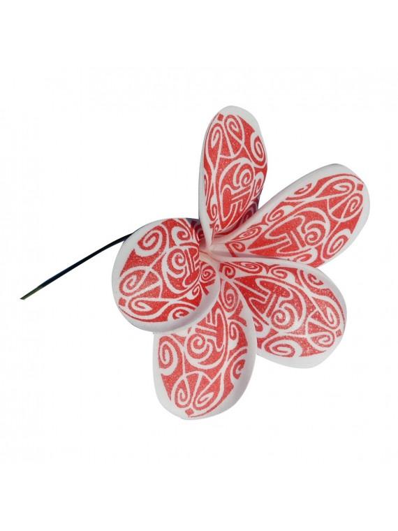 Fleur rouge maori sur pic