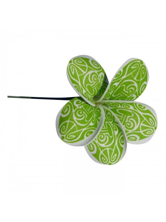 Fleur verte maori sur pic