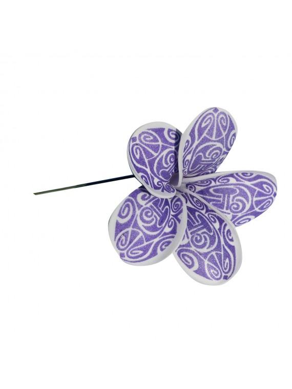 Fleur violette maori sur pic